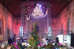 fiori-centro-tavola-evento-misericordia-17-e1586958986643