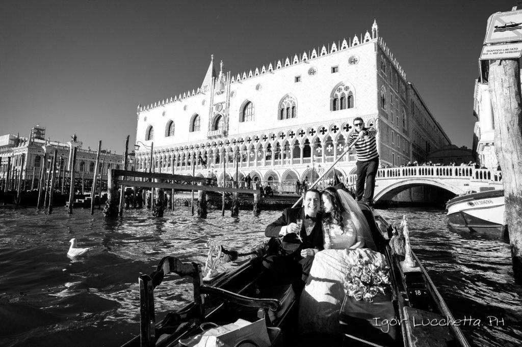 Matrimonio di sposi messicani a Venezia